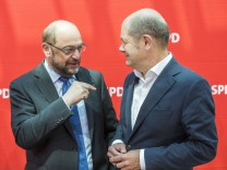 July 18 2017 Berlin Germany Social Democratic Party Chancellor candidate Martin Schulz L is