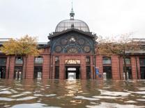 Sturmtief 'Herwart' in Hamburg