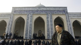 Muslims attend Friday prayers at the Hoje Ahror Vali mosque in Tashkent