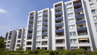 24 04 2009 Koeln Nordrhein Westfalen Deutschland Solarsiedlung in Koeln Bocklemuend Beteiligte