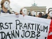 Praktikantendemo in Berlin, ddp
