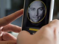 Kompakt und dabei ganz schön groß: Das iPhone X im Praxistest