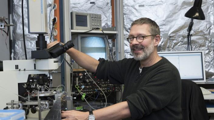 Professor Dr. Harald Luksch