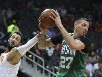 NBA: Atlanta Hawks - Boston Celtics