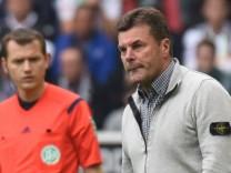 03 10 2015 xblx Fussball 1 Bundesliga Borussia Moenchengladbach VfL Wolfsburg v l Schiedsrich
