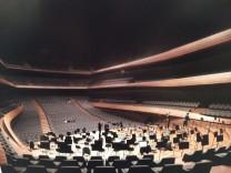Konzerthaus München Architektenwettbewerb Erster Preis Cukrowicz Nachbaur Architekten großer Saal von Orchester aus