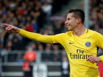 Ligue 1 - Angers vs Paris St Germain