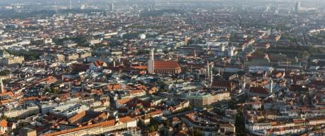 Luftbild München Panorama Gärtnerplatz Viktualienmarkt Frauenkirche Rathaus alter Peter Bahnho