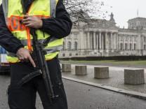 Sicherheit vor dem Bundestag