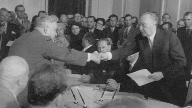 Nikolai Bulganin und Konrad Adenauer in Moskau, 1955