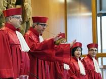 Bundesverfassungsgericht zu Informationsrechten von Abgeordneten