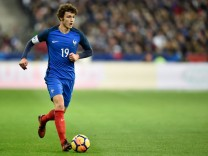 Benjamin Pavard fr FOOTBALL France vs Pays de Galles Match Amical St Denis 10 11 2017 Thie; Benjamin Pavard