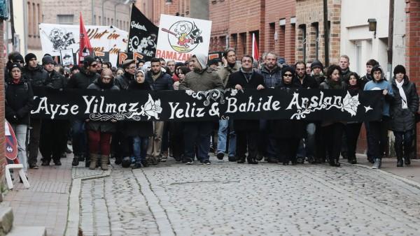 Demo gegen Rechtsextremismus in Mölln