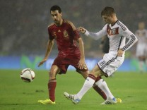 18 11 2014 xjfx Fussball Testspiel Spanien Deutschland v l Bender Spanien Toni Kroos Deuts; Toni Kroos DFB Spanien 2014
