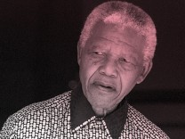 MANDELA EXPRESS CONDOLENCES TO KAUNDA FAMILY DURING A MEDIA BRIEFING