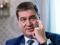 Pressekonferenz des bayerischen Finanzministers