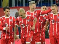 20171118 1 BL FC Bayern vs FC Augsburg Allianz Arena Muenchen Fussball im Bild FCB jubelt zum