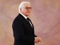 German President Frank-Walter Steinmeier gives a statement after a meeting with Chancellor Angela Merkel, as coalition government talks collapsed in Berlin