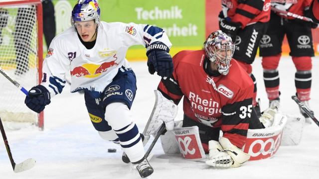 Köln Lanxess Arena 19 11 17 Torjubel von Münchens Dominik Kahun im Spiel der Deutschen Eishockey