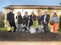 Pullach, Start des Projektes Urbane Gärten am Grundelberg 11-13