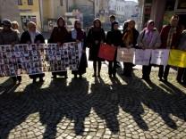 Mütter von Srebrenica vor Urteil gegen Mladic