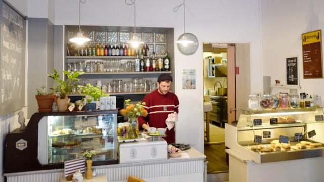 Frühstück Im Café Tagträumer Im Dreimühlenviertel München