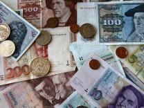 Immer noch werden D-Mark in Euro getauscht