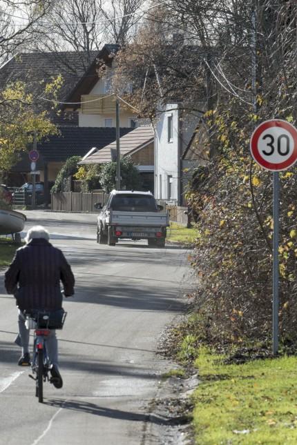 Verkehr Dorfstrasse Siglfing