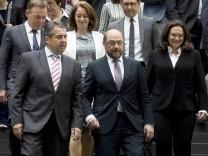 Deutschland Berlin Bundespressekonferenz Thema Regierungsarbeit der SPD Bilanz und Ausblick v