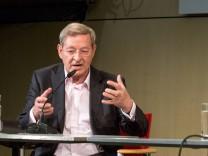 Berliner Akademie der Künste Péter Nßdas Aufleuchtende Details Buchpremiere Gespräch Peter Nadas