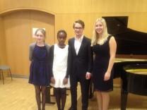 """2. Preis beim internationalen Wettbewerb der Hofer Symphoniker """"Piano ohne Grenzen"""""""