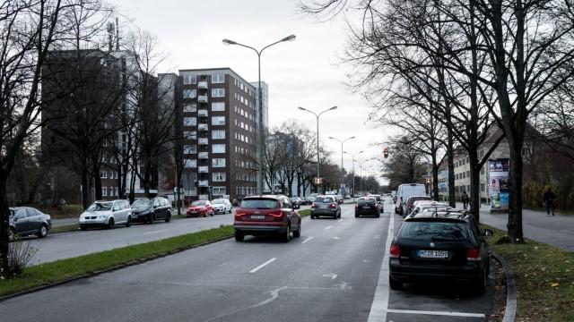 Gotthardstraße Blick Richtung West. Zu sehende Kreuzung:  Von-der Pfordten-Straße