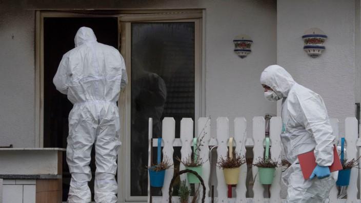 Maskierte Täter überfallen Paar - Mann stirbt