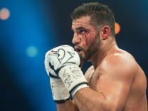 Boxen: Profis WBA-WM Schwergewicht Charr-Ustinow