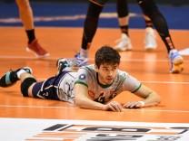 Lucas Provenzano de Deus Haching enttäuscht am Boden BR Volleys Berlin AlpenVolleys Haching Deu; Volleyball