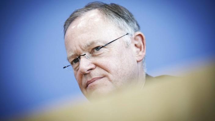 Stephan Weil SPD Ministerpraesident von Niedersachsen aufgenommen am 16 10 2017 waehrend einer P