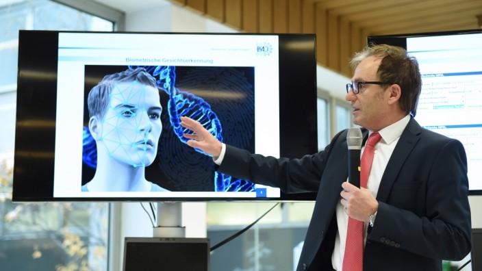 Pk zu biometrischer Gesichtserkennung