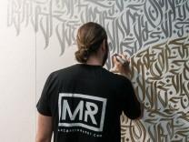 Marco Reinhardt,  Kalligraffiti