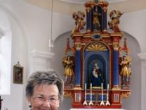 Mesnerin Maria Gutjahr erhält die Bürgermedaille; Maria Gutjahr aus Fronloh
