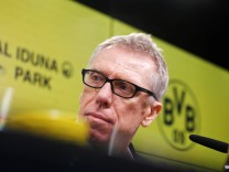 Peter Stoeger takes over Borussia Dortmund