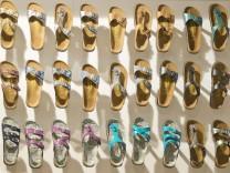 Sandalen der Marke Papillio von Birkenstock auf der Messe fuer Streetwear Bread and Butter Berlin
