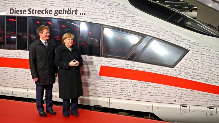 Eröffnung Schnellfahrtstrecke Berlin München Dr Angela Merkel CDU Bundeskanzlerin und Rich