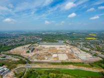 Brache OPEL Werk 1 Abriss der südlichen Werkshallen OPEL Verwaltungsgebäude Bochum Ruhrgebiet N