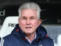 Eintracht Frankfurt v FC Bayern Muenchen - Bundesliga