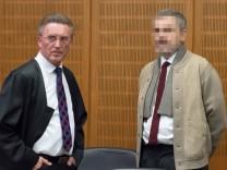 13 12 2017 xblx Lokales Prozess Mord nach 25 Jahren vor Gericht emspor v l John Ausonius der