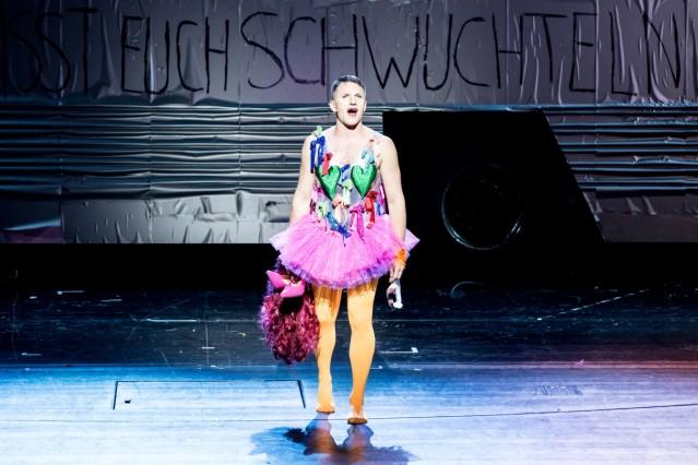PRISCILLA - KÖNIGIN DER WÜSTE, Gärtnerplatz Theater