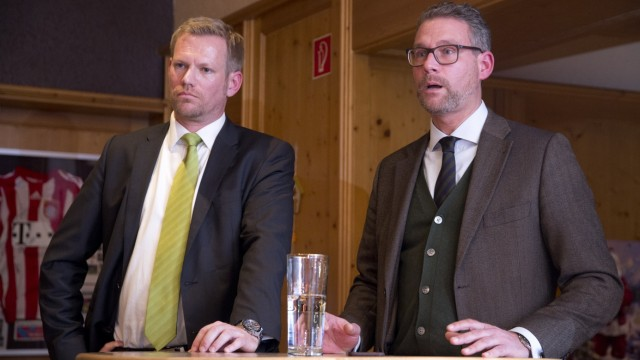 Bruck: SCF - Vereinsversammlung b/ Insolvenz