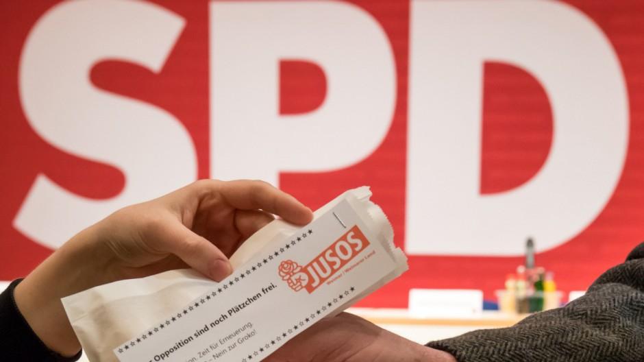 Thüringer SPD-Parteitag stimmt gegen große Koalition
