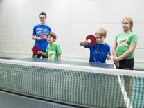 Taufkirchen, Turnhalle Grundschule am Wald, SV-DJK Tischtennisschule,