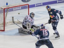 GER DEL EHC Red Bull Muenchen vs Straubing Tigers 17 12 2017 Olympia Eishalle Muenchen GER